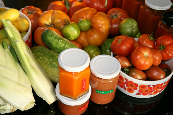 Gartengemüse frisch und schon eingekocht